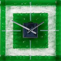 Часы из художественного стекла