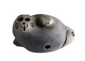 Нерпа Байкала (ручная лепка, глина, дымление)