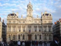 Лионская ратуша на площади Терро